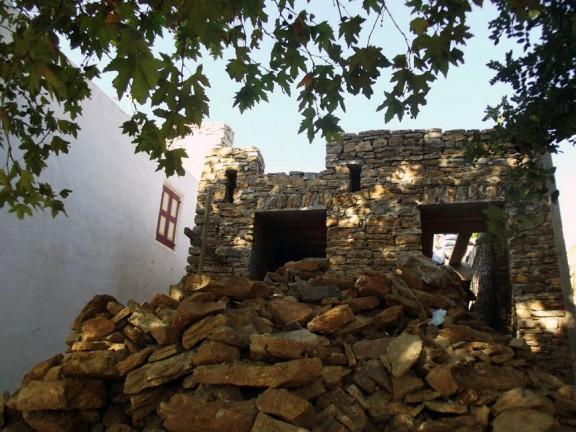 symi-platanos-cottage-construction05