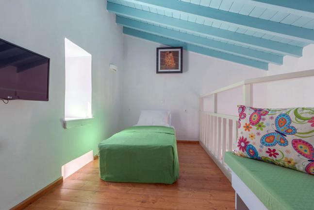 symi-platanos-accommodation13